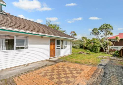 New Lynn, Cute as a Button!, Property ID: 27001286 | Barfoot & Thompson