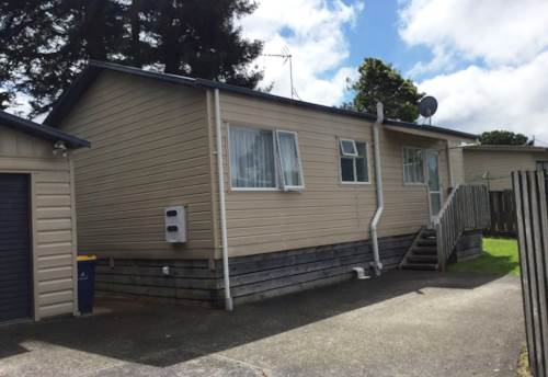 Henderson, Peace & Quiet, Property ID: 27001290 | Barfoot & Thompson