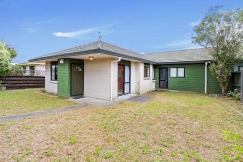 New Lynn, One Level Living, Property ID: 27001381 | Barfoot & Thompson