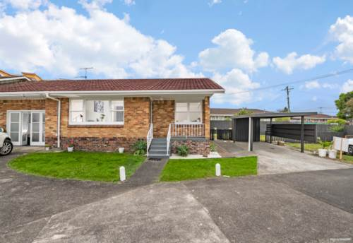 Papatoetoe, Affordable and comfortable home in a central location, Property ID: 810670 | Barfoot & Thompson