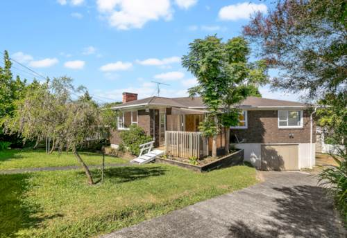New Lynn, Don't miss this one! , Property ID: 27005516 | Barfoot & Thompson