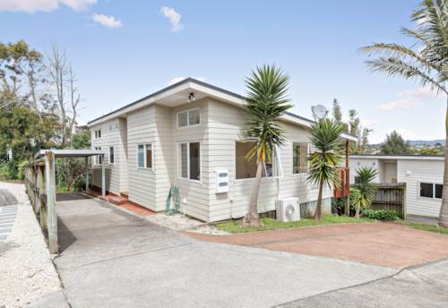Massey, Contemporary Sun-filled Home, Property ID: 27006640 | Barfoot & Thompson
