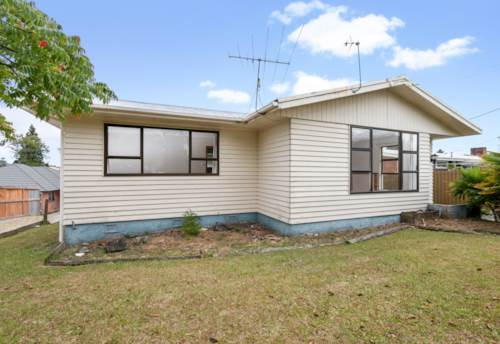 Henderson, Pet friendly and super cheap, Property ID: 27006645 | Barfoot & Thompson