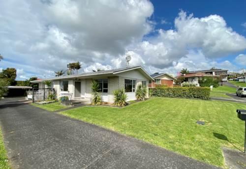 Glendene, Soak up the sun!, Property ID: 27006678 | Barfoot & Thompson