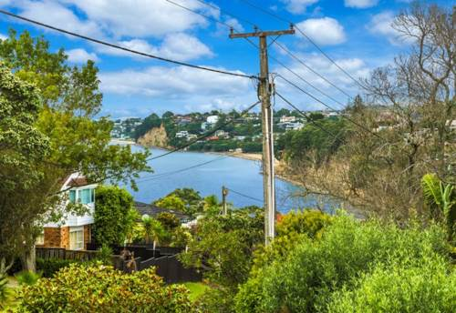Murrays Bay, Family space and sensational location, Property ID: 28000472 | Barfoot & Thompson