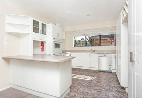 West Harbour, West Harbour, 3 bedroom house + 2 bathrooms, Property ID: 39001092   Barfoot & Thompson