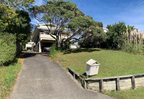 Rothesay Bay, Enjoy the beach and feel the sea breaze , Property ID: 53002177 | Barfoot & Thompson