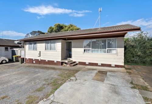 Mangere East, DO UP OPPORTUNITY - MUST SELL SITUATION, Property ID: 810943 | Barfoot & Thompson