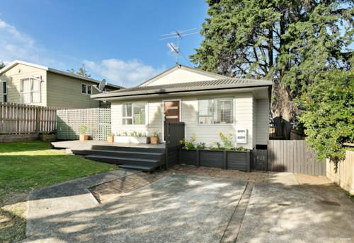 Mt Wellington, Fabulous First home, a walk to Sylvia Park, Property ID: 810646 | Barfoot & Thompson