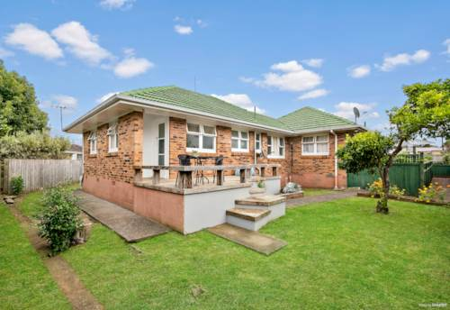 Panmure, Brick & Tile in a Great Location, Property ID: 810941 | Barfoot & Thompson