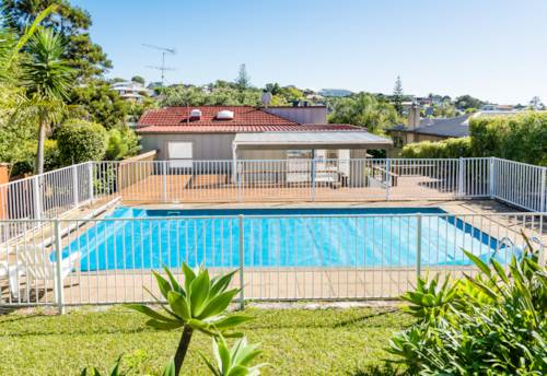 Browns Bay, Family home with beautiful seaviews, Property ID: 28000667 | Barfoot & Thompson