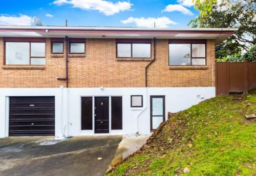 Takapuna, Well presented home in Takapuna available to rent, Property ID: 28000669   Barfoot & Thompson