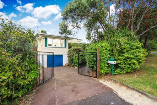 Hillcrest, Spcious family house for rent -Not available to view yet, Property ID: 28000709 | Barfoot & Thompson