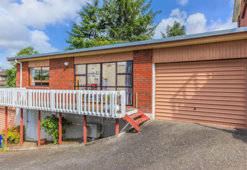 Birkenhead, Two bedroom unit available to rent in Birkenhead, Property ID: 28000774 | Barfoot & Thompson