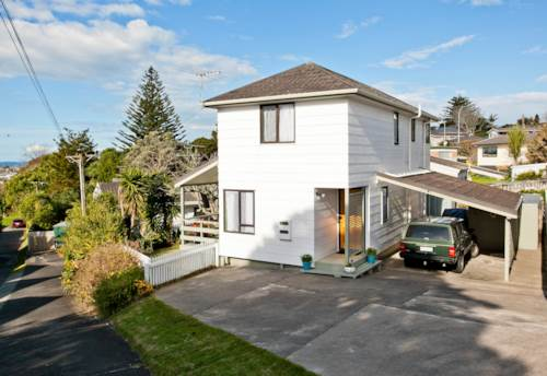 Glenfield, 3 Bedrooms house for rent, Property ID: 28000775 | Barfoot & Thompson