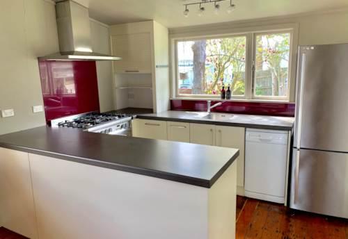 Kingsland, GLORIOUS CHARACTER VILLA, Property ID: 29000795 | Barfoot & Thompson