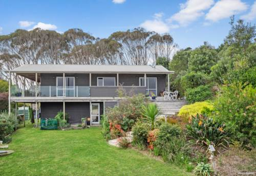 Awhitu, Not Just a Surfer's Paradise, Property ID: 810504 | Barfoot & Thompson