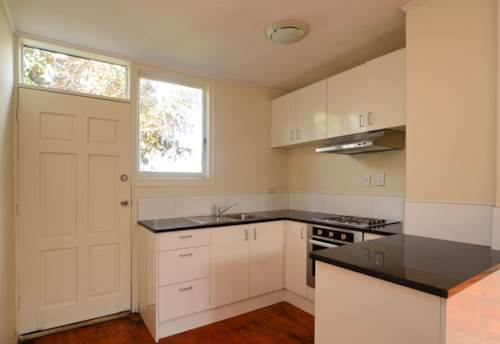 Onehunga, Cozy Living, Property ID: 29002075 | Barfoot & Thompson