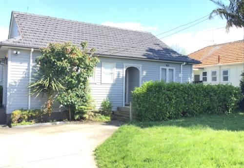 Onehunga, Lovely Family Home, Property ID: 29002105 | Barfoot & Thompson