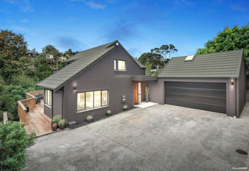 Titirangi, Clean lines, green outlook and a fabulous lifestyle here, Property ID: 811036 | Barfoot & Thompson
