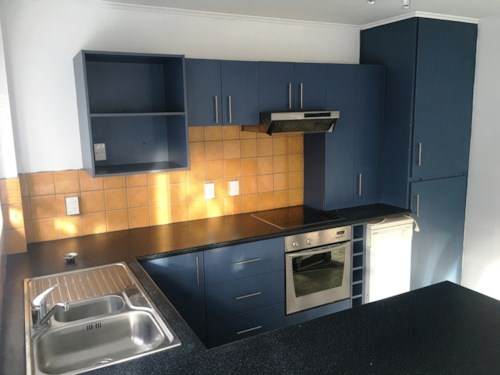 Onehunga, LOCATION IS KEY, Property ID: 29002283 | Barfoot & Thompson