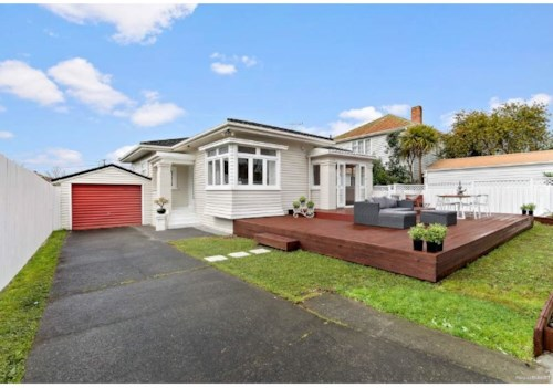 Remuera, FULLY RENOVATED IN REMUERA!, Property ID: 29002312 | Barfoot & Thompson