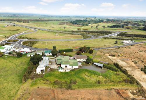 Te Kauwhata, 16 Wayside Road, Property ID: 811048 | Barfoot & Thompson