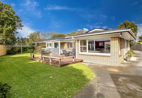 Pakuranga, SPACIOUS FAMILY HOME!, Property ID: 29002361 | Barfoot & Thompson