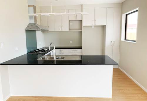 Mangere, BRAND NEW THREE BEDROOM!!, Property ID: 29002377 | Barfoot & Thompson