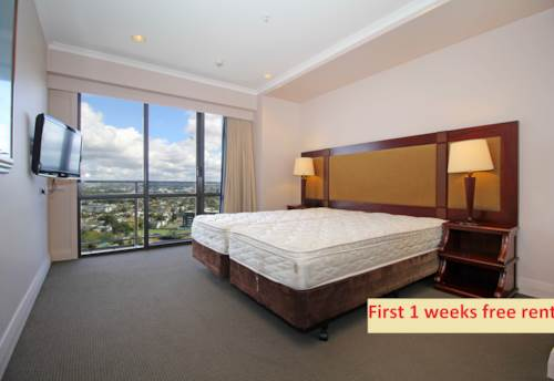 Takapuna, First weeks rent free ! Fully Furnished 1 Bedroom Aparment with Fantastic Views!!, Property ID: 41003711 | Barfoot & Thompson