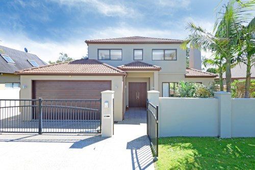 St Johns, ST JOHNS PARK - EXECUTIVE LIVING, Property ID: 30001740 | Barfoot & Thompson