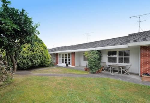 Mt Eden, SMART - DGZ - 2 BED + STUDY!, Property ID: 30001808 | Barfoot & Thompson