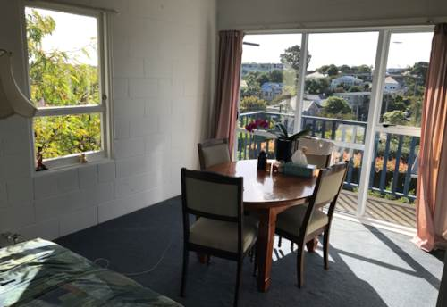 Mt Eden, Lovely Unit With Two Bedrooms, Property ID: 30001922   Barfoot & Thompson