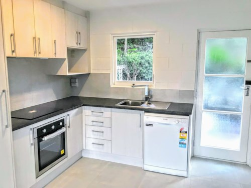 Mt Eden, NEWLY RENOVATED UNIT IN MT EDEN, Property ID: 30001930 | Barfoot & Thompson