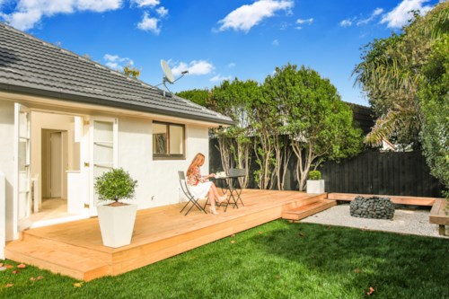 Ellerslie, 3 bedrooms, fully fenced with garage, Property ID: 30002015   Barfoot & Thompson