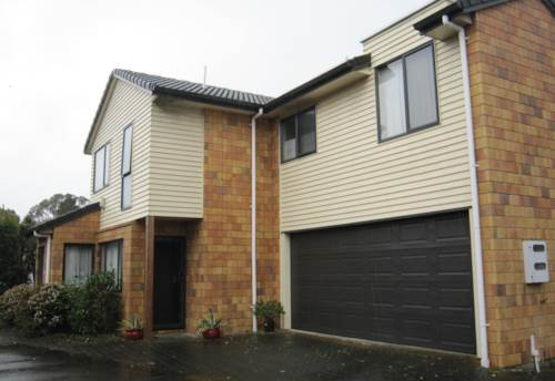 Pakuranga, A beautiful double storey house for rent!!, Property ID: 30002027 | Barfoot & Thompson