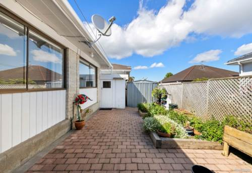 Howick, Simple Living Superior Location, Property ID: 36005454 | Barfoot & Thompson