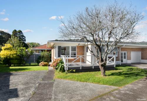 Papatoetoe, Ticks all the boxes. It's a WINNER!, Property ID: 811111 | Barfoot & Thompson