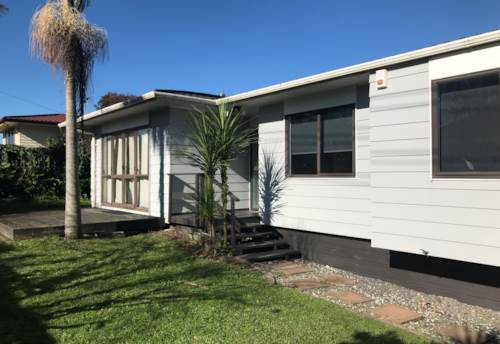 Mt Wellington, A modern and comfortable family house, Property ID: 30002187 | Barfoot & Thompson
