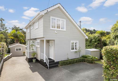 Birkdale, Solidly built, well-presented home with sleep out, Property ID: 810323   Barfoot & Thompson