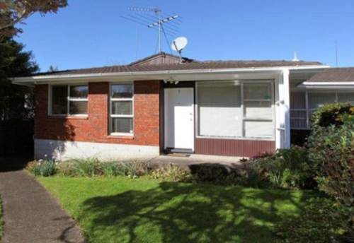 Greenlane, 2 BEDROOM - GARAGE - EPSOM GIRLS GRAMMAR ZONE, Property ID: 30004748 | Barfoot & Thompson