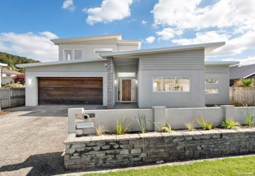 Pukekohe, Town Living Valley Zone, Property ID: 811142 | Barfoot & Thompson