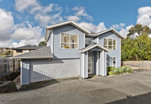 Pinehill, Home and Granny Potential - Rangitoto Zone, Property ID: 811173 | Barfoot & Thompson