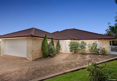 Northpark, Single level brick beauty - 3 Ensuites, Property ID: 810311 | Barfoot & Thompson