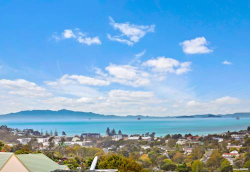 Browns Bay, Panoramic Seaview in Rangitoto school zone, Property ID: 810172 | Barfoot & Thompson