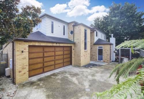 Greenlane, SPACIOUS MODERN FAMILY HOME, Property ID: 30002374 | Barfoot & Thompson