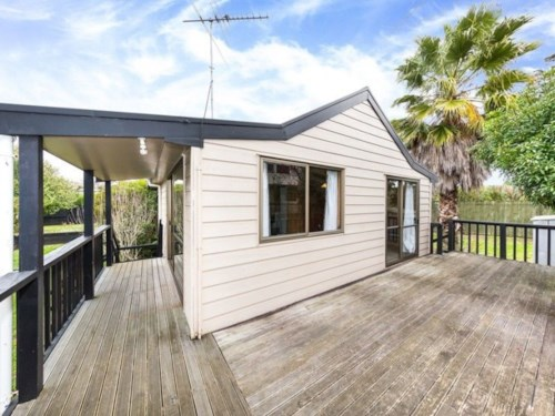 Wattle Downs, 4 Bedroom House, Property ID: 30003532 | Barfoot & Thompson