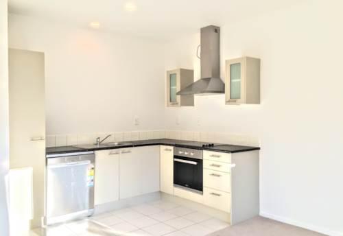 Ellerslie, NEWLY REFURBISHED 2 BEDROOM - WATER INCLUDED, Property ID: 30004551 | Barfoot & Thompson