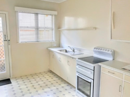 Mt Eden, 1 BEDROOM - SPACIOUS - LOW MAINTENANCE - NO LETTING FEE, Property ID: 30004567 | Barfoot & Thompson