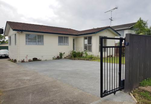 Bucklands Beach, 3 BEDROOM - DOUBLE GARAGE - NO LET FEE, Property ID: 30004581 | Barfoot & Thompson